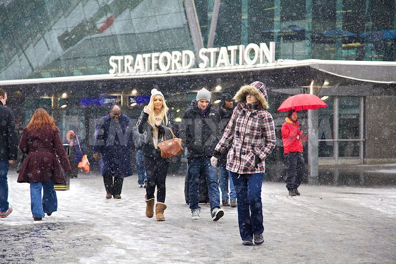 1358531241-london-experiences-the-first-settled-snow-of-2013_1735410