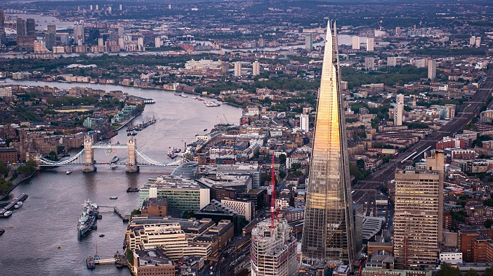 Aerial-view-of-London-and-014