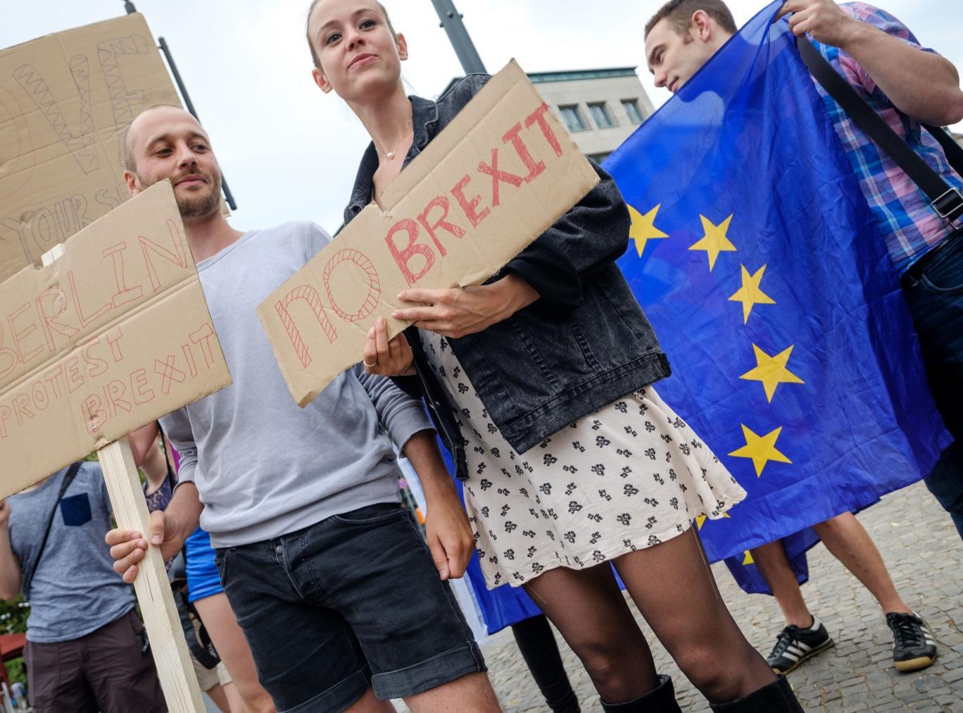 british-expats-eu-protest-eu-citizenship