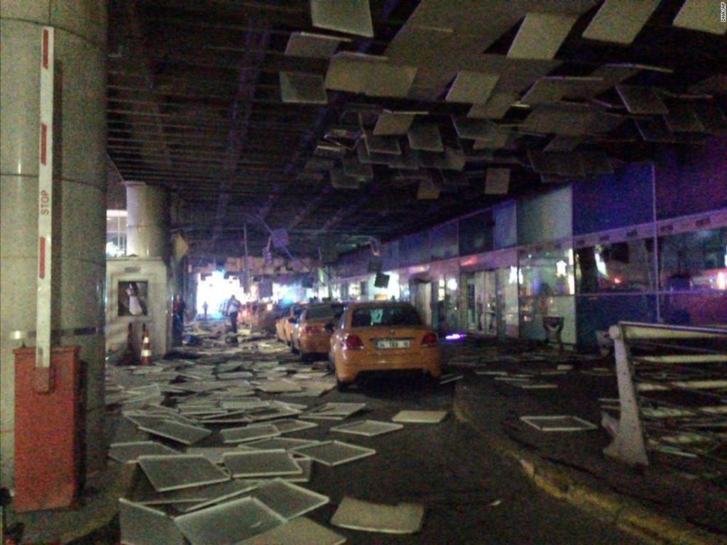 istambul-bomb-blast-attack-images-2-1024x768