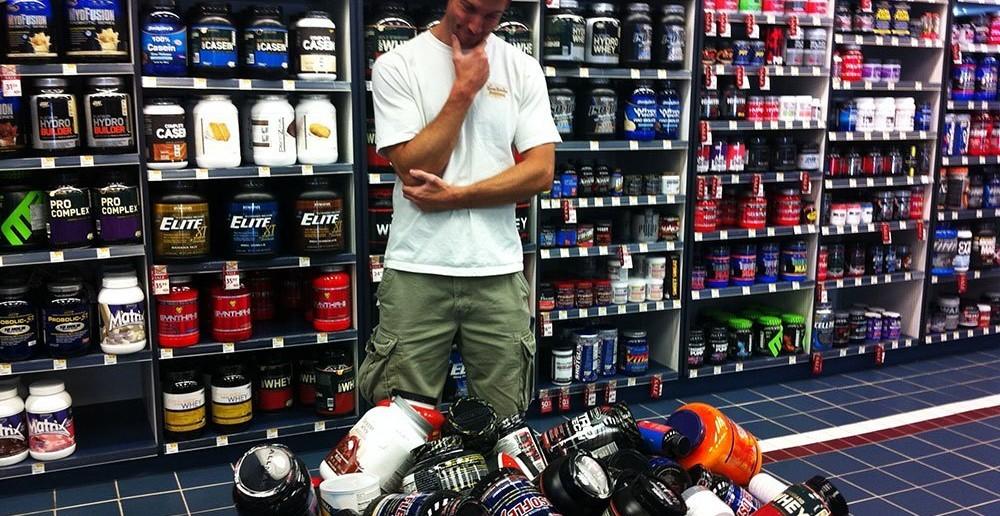 man-choosing-supplements