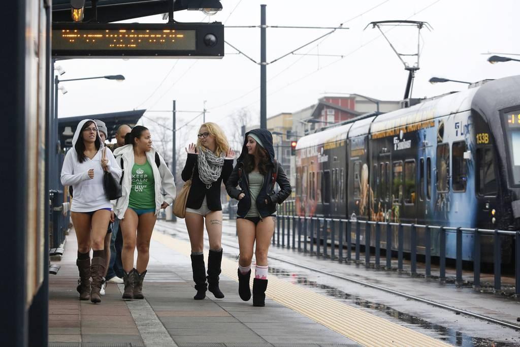 nadrág nélküli metrózás napja 6