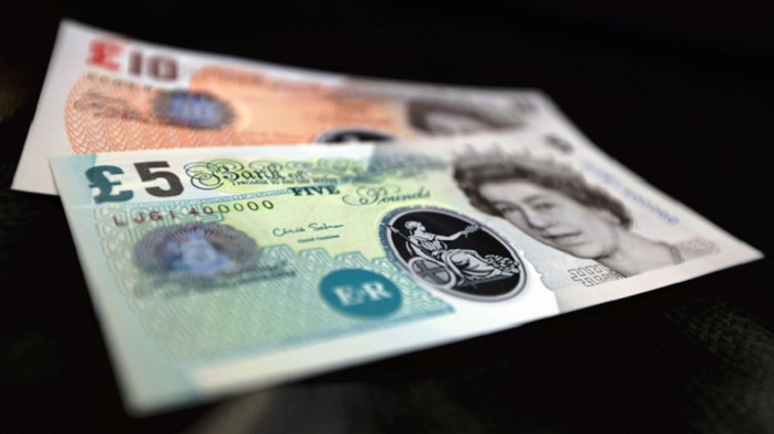 plastic-banknotes-to-start-in-2016_-bank-of-england-says